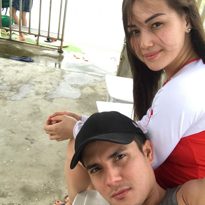 IN PHOTOS: Ejay Falcon with his forever travel buddy